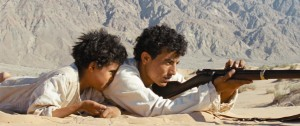 THEEB_34_Jacir Eid as Theeb, Hussein Salameh as Hussein_BrothersShooting